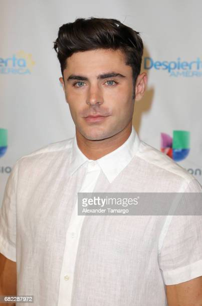 Zac Efron poses backstage on the set of 'Despierta America' to promote the film 'Baywatch' at Univision Studios on May 12 2017 in Miami Florida