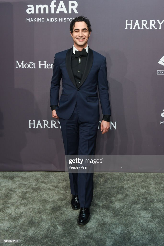 zac-posen-attends-19th-annual-amfar-new-york-gala-arrivals-at-wall-picture-id634368208