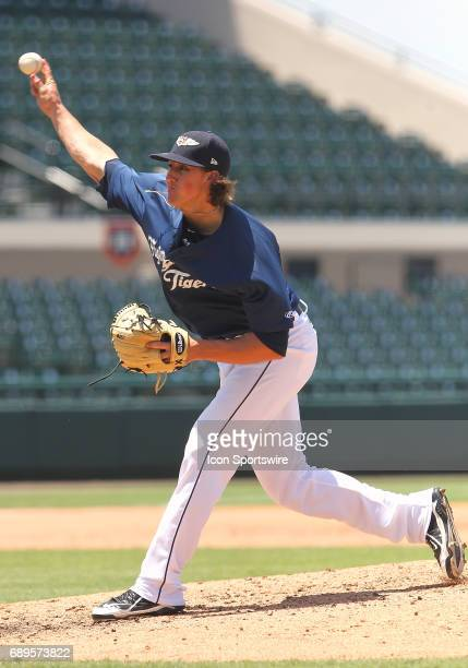 Zac Reininger of the Flying Tigers delivers a pitch to the plate during the Florida State League game between the Dunedin Blue Jays and the Lakeland...