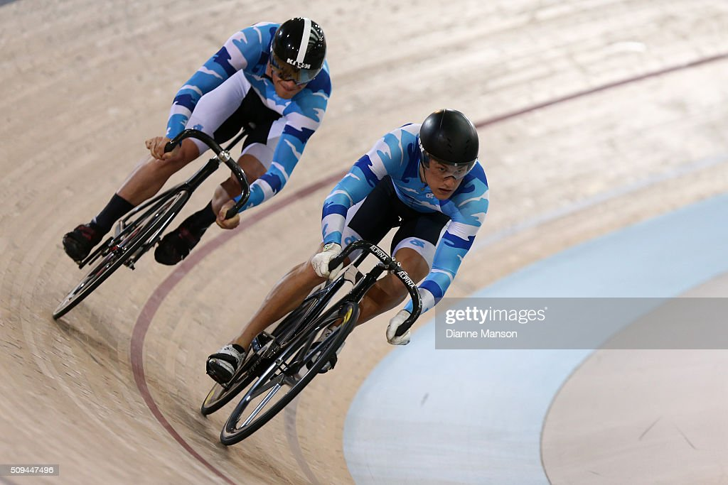 Zac Williams (L) and <a gi-track='captionPersonalityLinkClicked' href=/galleries/search?phrase=Sam+Webster&family=editorial&specificpeople=5666084 ng-click='$event.stopPropagation()'>Sam Webster</a> of Auckland compete in the Elite Men Sprint during the New Zealand Track National Championships on February 11, 2016 in Cambridge, New Zealand.