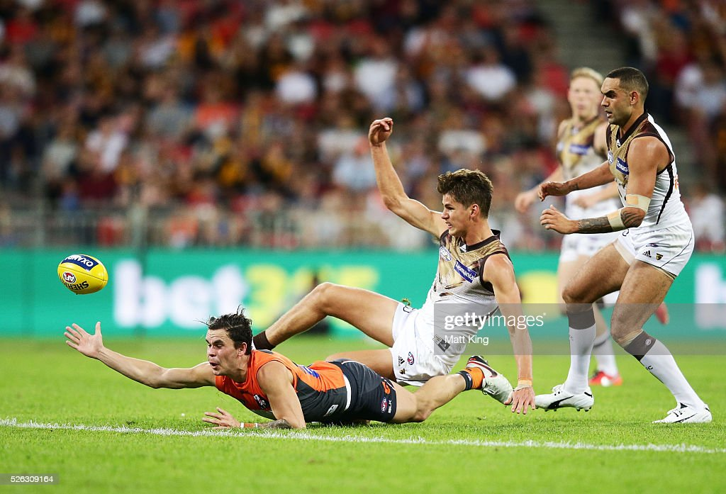 Zac Williams of the Giants attacks the ball during the round six AFL match between the Greater Western Sydney Giants and the Hawthorn Hawks at Spotless Stadium on April 30, 2016 in Sydney, Australia.