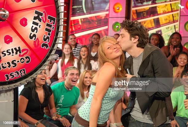 Zach Braff and TRL Audience Member during Rachel Bilson Zach Braff and Hilarie Burton Visit MTV's 'TRL' September 8 2006 at MTV Studios Times Square...