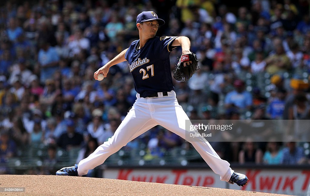 Zach Davies #27 of the Milwaukee Brewers pitches in the first inning against the Los Angeles Dodgers at Miller Park on June 30, 2016 in Milwaukee, Wisconsin.