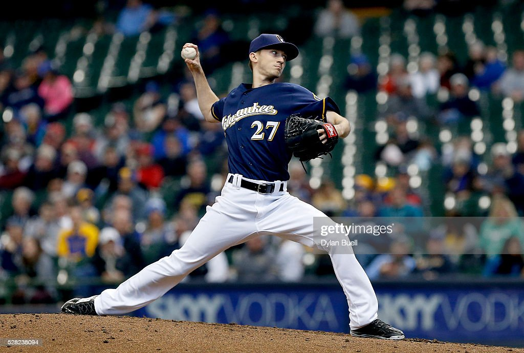 Zach Davies #27 of the Milwaukee Brewers pitches in the fourth inning against the Los Angeles Angels of Anaheim at Miller Park on May 4, 2016 in Milwaukee, Wisconsin.