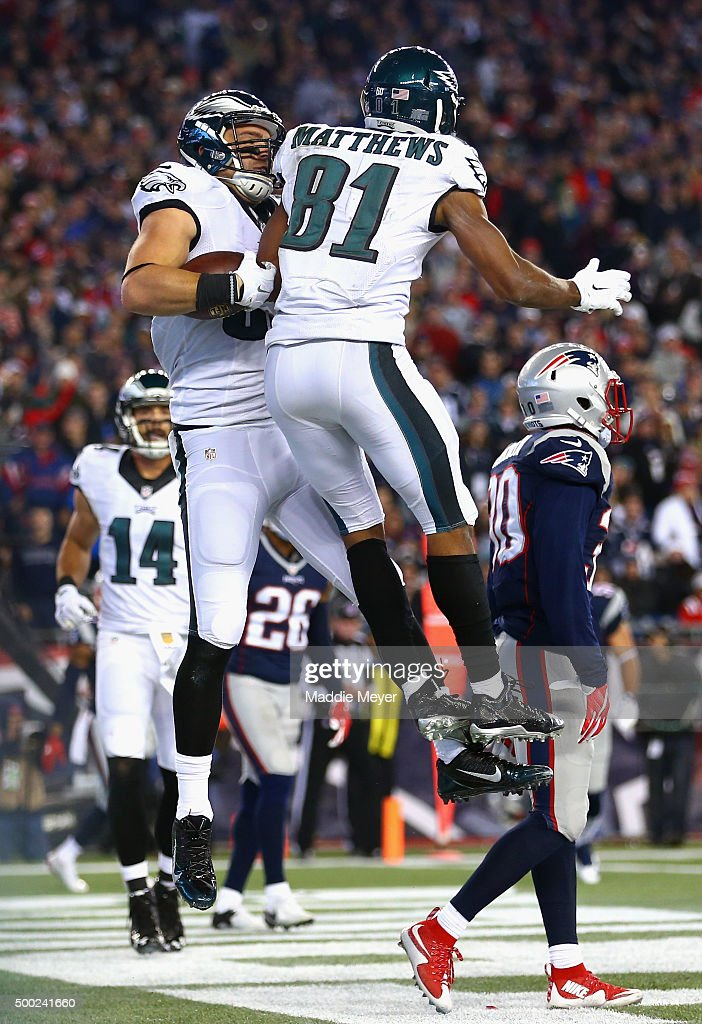 <a gi-track='captionPersonalityLinkClicked' href=/galleries/search?phrase=Zach+Ertz&family=editorial&specificpeople=7172878 ng-click='$event.stopPropagation()'>Zach Ertz</a> #86 of the Philadelphia Eagles celebrates scoring a touchdown with <a gi-track='captionPersonalityLinkClicked' href=/galleries/search?phrase=Jordan+Matthews+-+American+Football+Player&family=editorial&specificpeople=11330631 ng-click='$event.stopPropagation()'>Jordan Matthews</a> #81 of the Philadelphia Eagles during the second quarter against the New England Patriots at Gillette Stadium on December 6, 2015 in Foxboro, Massachusetts.