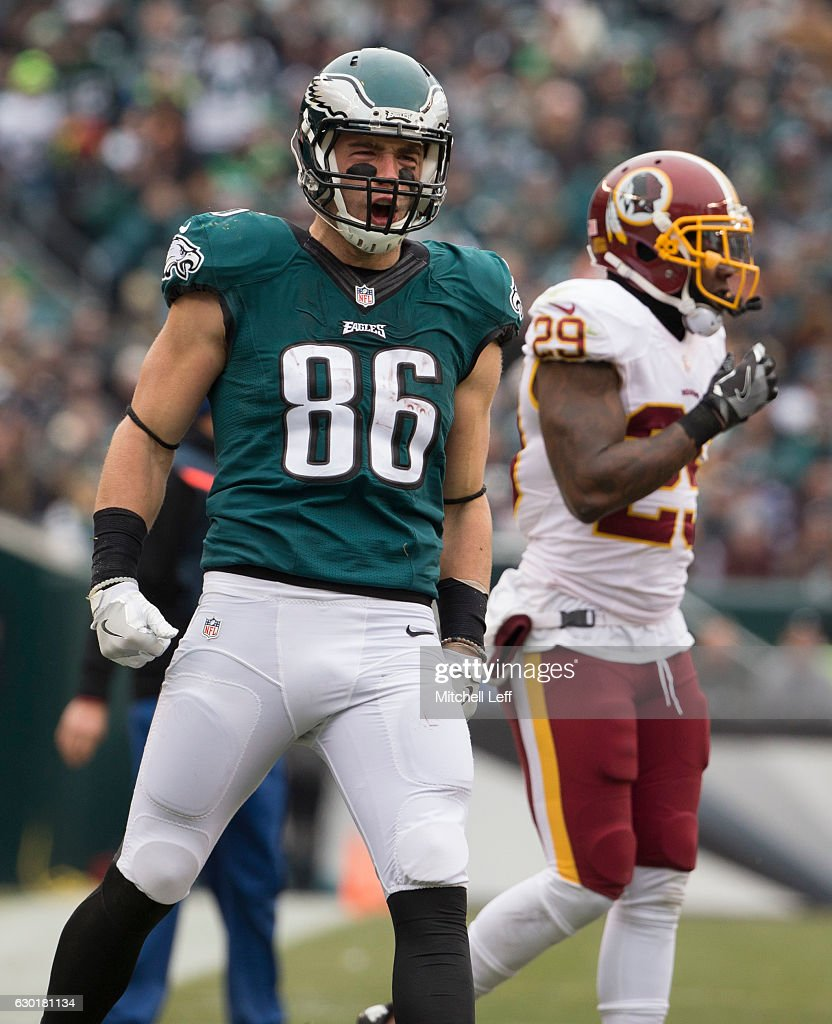 15b9f43e9 ... Zach Ertz 86 of the Philadelphia Eagles reacts in front of Duke  Ihenacho 29 ...