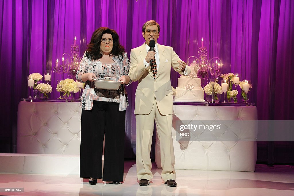 LIVE -- 'Zach Galifianakis' Episode 1639 -- Pictured: (l-r) Aidy Bryant and Fred Armisen during a skit on May 4, 2013 --