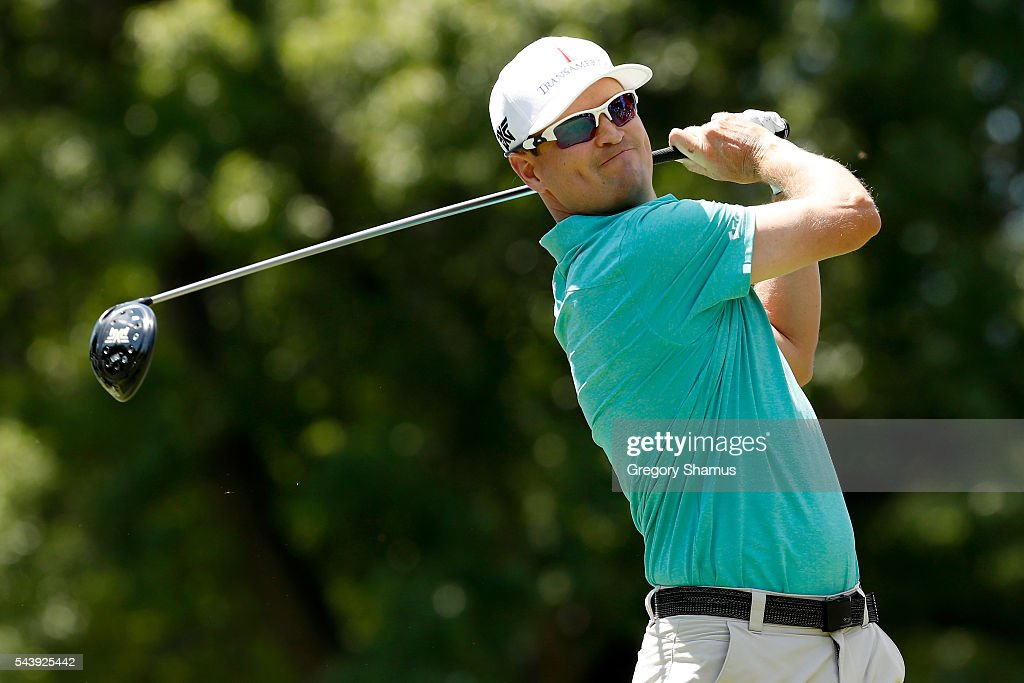<a gi-track='captionPersonalityLinkClicked' href=/galleries/search?phrase=Zach+Johnson+-+Golfer&family=editorial&specificpeople=217976 ng-click='$event.stopPropagation()'>Zach Johnson</a> hits off the third tee during the first round of the World Golf Championships - Bridgestone Invitational at Firestone Country Club South Course on June 30, 2016 in Akron, Ohio.