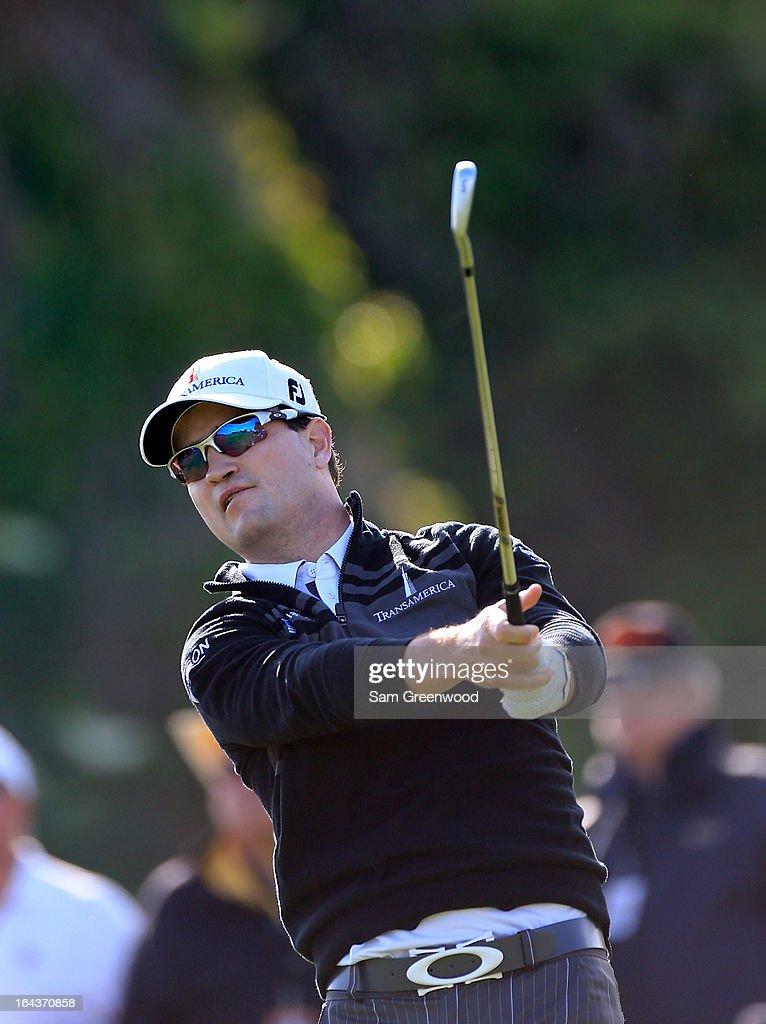 <a gi-track='captionPersonalityLinkClicked' href=/galleries/search?phrase=Zach+Johnson+-+Golfista&family=editorial&specificpeople=217976 ng-click='$event.stopPropagation()'>Zach Johnson</a> plays a shot on the 6th hole during the second round of the Arnold Palmer Invitational presented by MasterCard at the Bay Hill Club and Lodge on March 22, 2013 in Orlando, Florida.