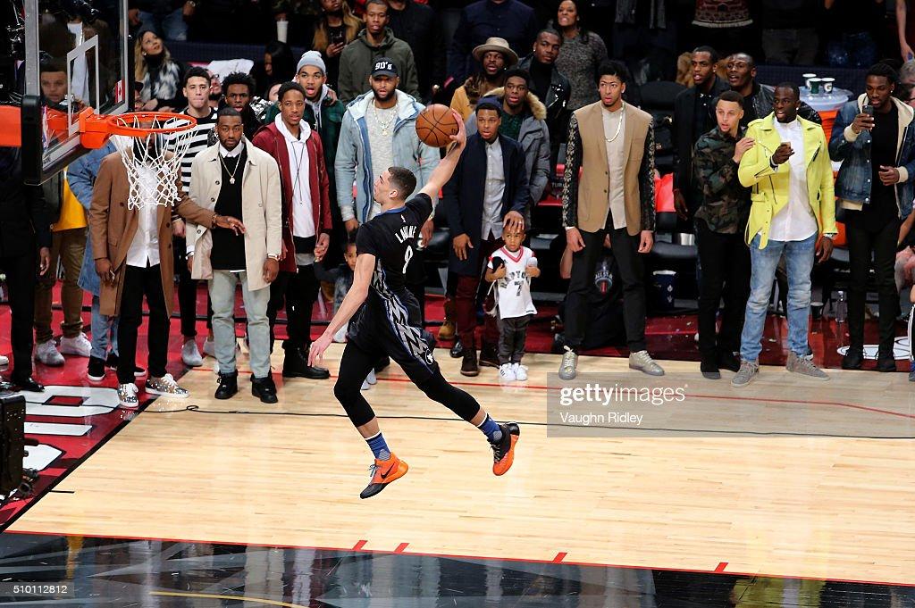 Leonard leads new-look Raptors over Cavaliers in season opener