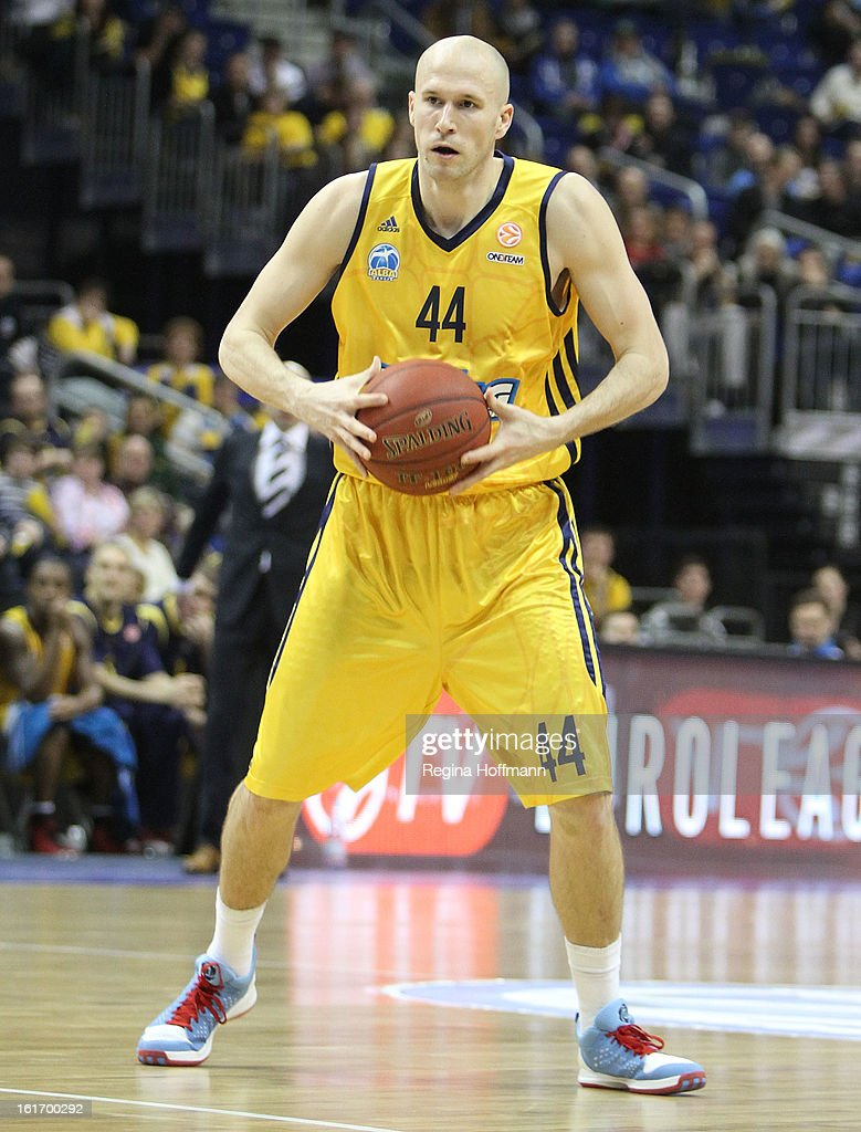 <a gi-track='captionPersonalityLinkClicked' href=/galleries/search?phrase=Zach+Morley&family=editorial&specificpeople=213554 ng-click='$event.stopPropagation()'>Zach Morley</a>, #44 of Alba Berlin in action during the 2012-2013 Turkish Airlines Euroleague Top 16 Date 7 between Alba Berlin v Unicaja Malaga at O2 World on February 14, 2013 in Berlin, Germany.