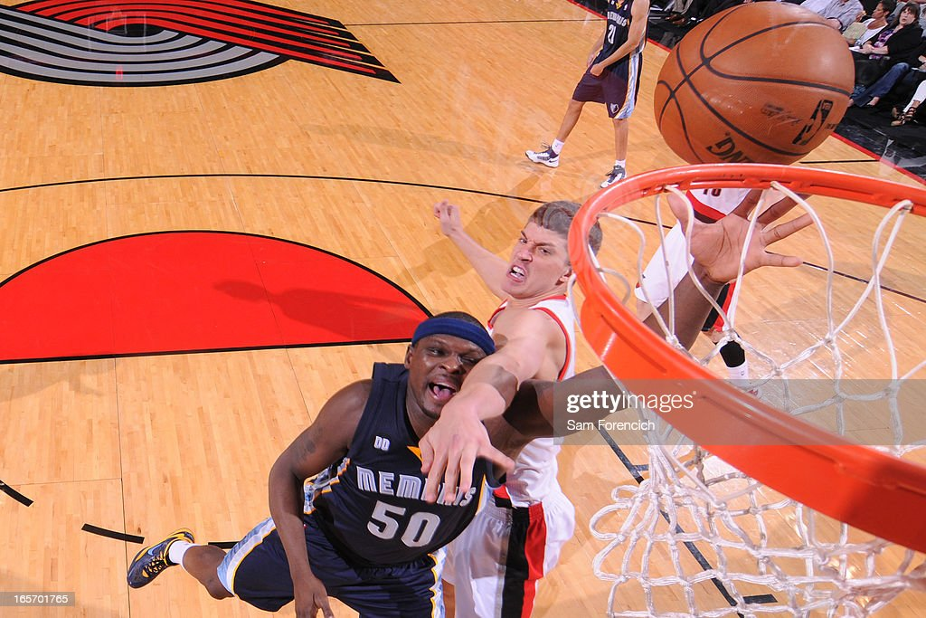 <a gi-track='captionPersonalityLinkClicked' href=/galleries/search?phrase=Zach+Randolph&family=editorial&specificpeople=201595 ng-click='$event.stopPropagation()'>Zach Randolph</a> #50 of the Memphis Grizzlies drives to the basket against the Portland Trail Blazers on April 3, 2013 at the Rose Garden Arena in Portland, Oregon.