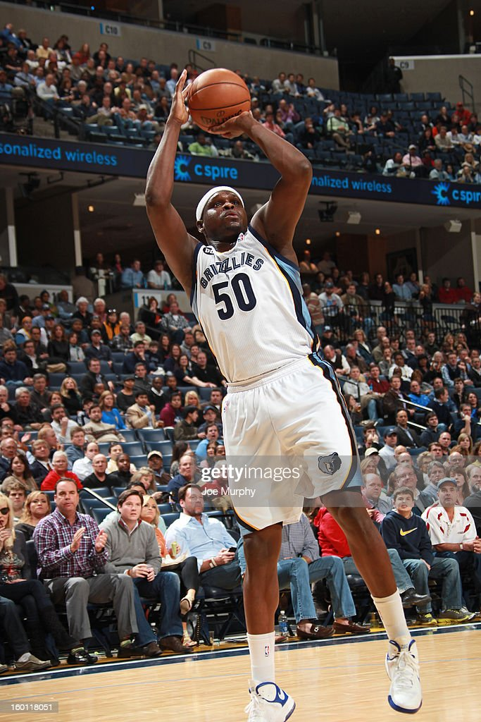 Zach Randolph #50 of the Memphis Grizzlies shoots against the Los Angeles Clippers on January 14, 2013 at FedExForum in Memphis, Tennessee.