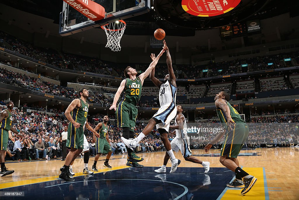 Zach Randolph #50 of the Memphis Grizzlies shoots against the Utah Jazz on December 23, 2013 at FedExForum in Memphis, Tennessee.