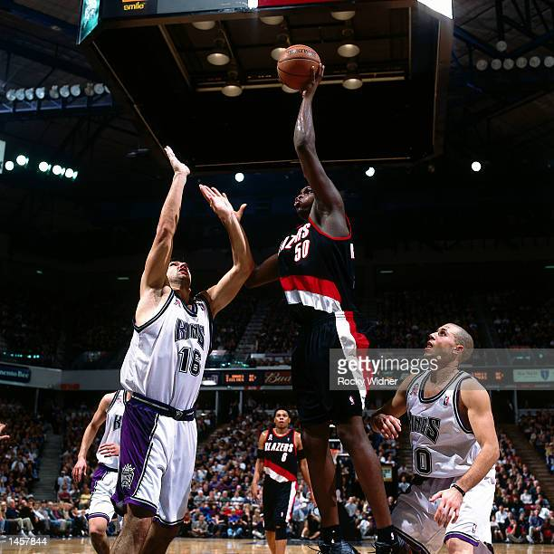 Zach Randolph of the Portland Trailblazers goes for a one handed jumper against the Sacramento Monarchs on November 21 2001 during the NBA game at...