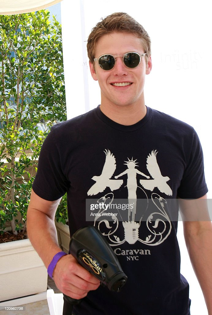 Zach Roerig attends the Kari Feinstein MTV Movie Awards Style Lounge held at Montage Beverly Hills on June 4, 2010 in Beverly Hills, California.