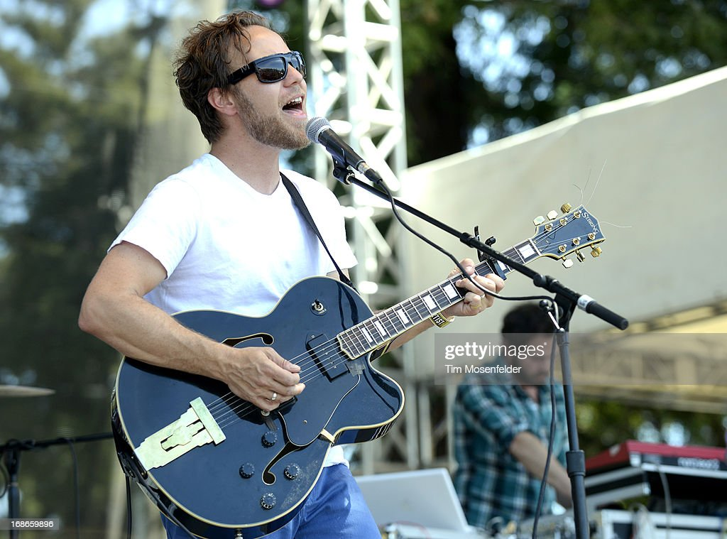 <a gi-track='captionPersonalityLinkClicked' href=/galleries/search?phrase=Zach+Rogue&family=editorial&specificpeople=3942250 ng-click='$event.stopPropagation()'>Zach Rogue</a> of Rogue Wave performs as part of the Bottle Rock Music Festival at the Napa Expo on May 12, 2013 in Napa, California.