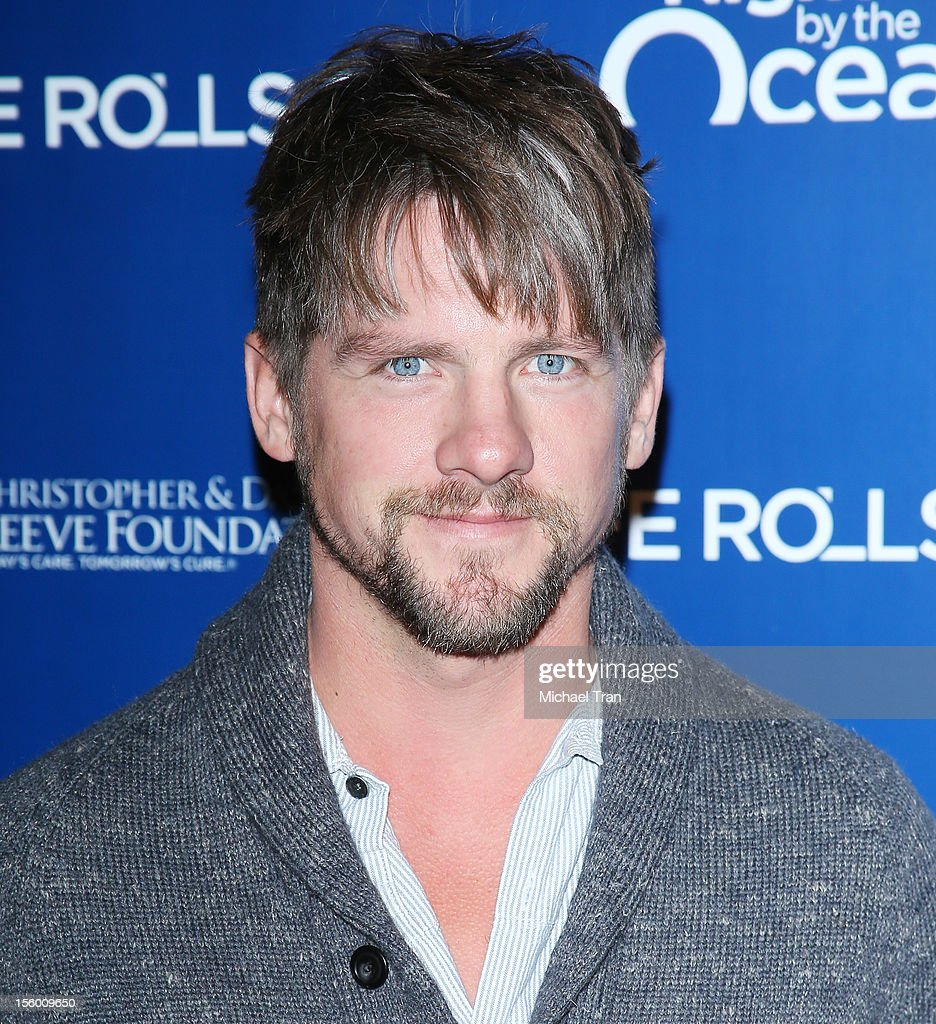 <a gi-track='captionPersonalityLinkClicked' href=/galleries/search?phrase=Zachary+Knighton&family=editorial&specificpeople=4361111 ng-click='$event.stopPropagation()'>Zachary Knighton</a> arrives at The Life Rolls On Foundation's 9th Annual Night By The Ocean held at The Ritz-Carlton on November 10, 2012 in Marina del Rey, California.