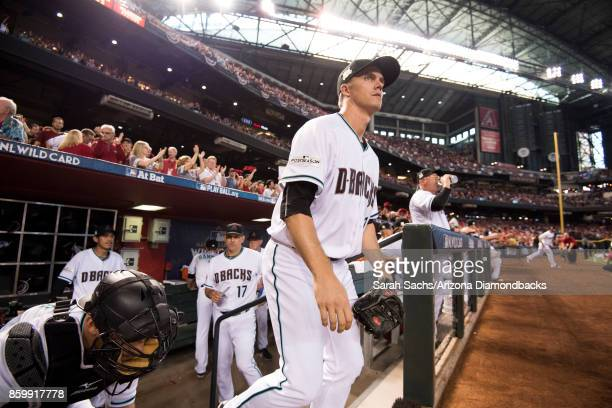 Zack Greinke of the Arizona Diamondbacks takes the field prior to the National League Wild Card Game against the Colorado Rockies at Chase Field on...