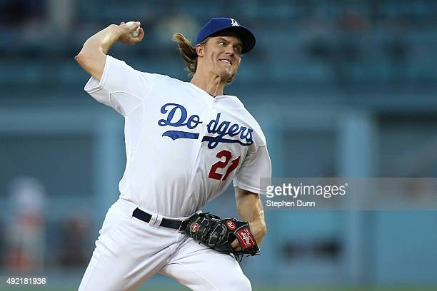 Zack Greinke of the Los Angeles Dodgers pitches in the first inning against the New York Mets in game two of the National League Division Series at...