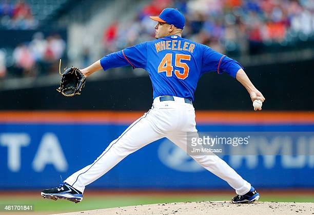 Zack Wheeler of the New York Mets in action against the Atlanta Braves at Citi Field on July 25 2013 in the Flushing neighborhood of the Queens...