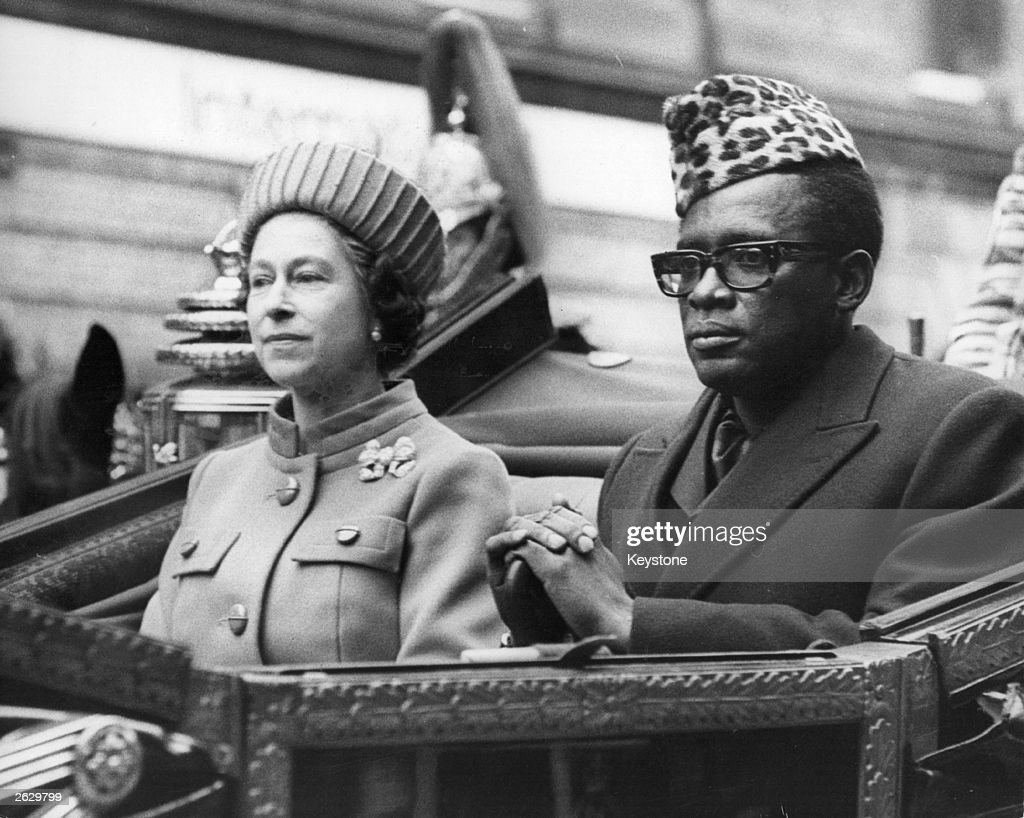 Zairean president, Mobutu Sese Seko (Joseph Desire Mobutu)and Queen Elizabeth II en route to Buckingham Palace from Victoria railway station at the start of his State Visit to Britain. Original Publication: People Disc - HN0245