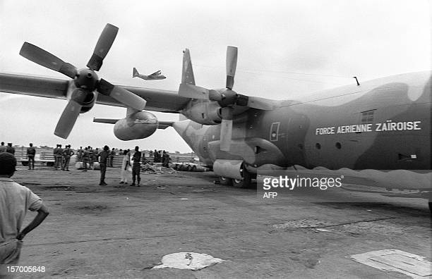 Zairian troops expect embarkation on board Hercules 17 May 1978 at Kinshasa airport going to Kolwezi Fierce fightings are occuring between zairese...
