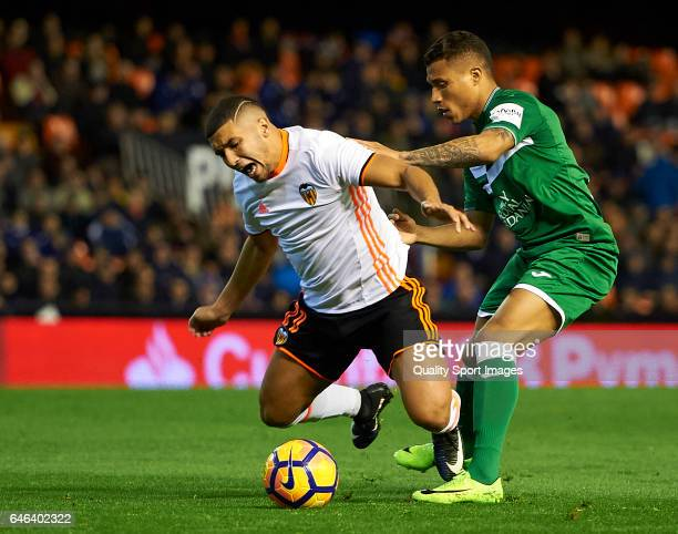 Zakaria Bakkali of Valencia competes for the ball with Darwin Daniel Machis of Leganes during the La Liga match between Valencia CF and CD Leganes at...
