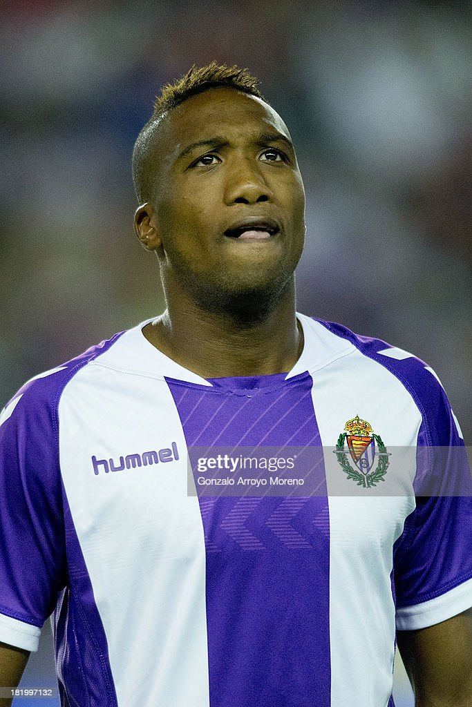 Zakarya Bergdich of Real Valladolid CF prior to start the La Liga match between Real Valladolid CF and Club Atletico de Madrid at Estadio Jose Zorilla on September 21, 2013 in Valladolid, Spain.