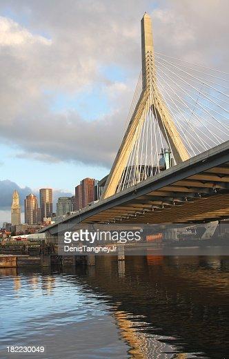 Zakim バンカーヒル橋