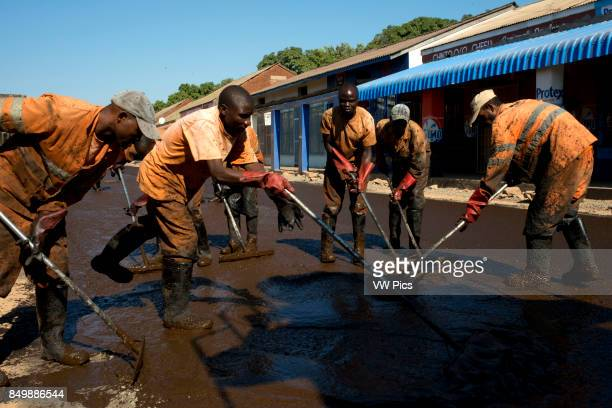 Zambia streets reconstruction The First Highway Project consists of the reconstruction and bituminous paving of sections of the Great East and Great...