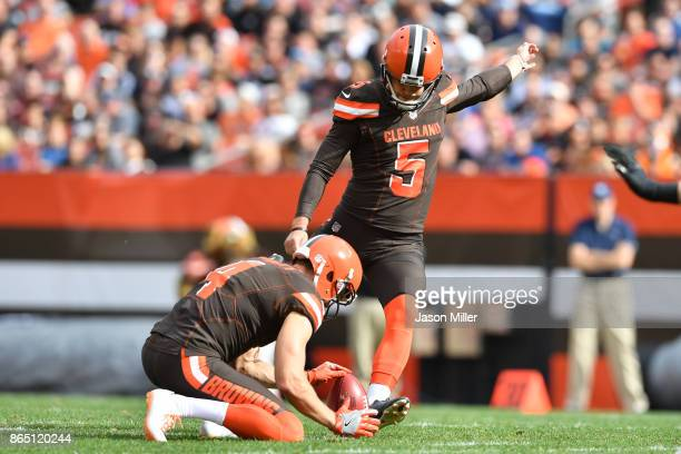 Zane Gonzalez of the Cleveland Browns kicks a field goal in the third quarter against the Tennessee Titans at FirstEnergy Stadium on October 22 2017...