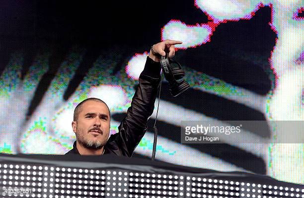Zane Lowe performs live at Radio 1's Big Weekend in George Square on May 23 2014 in Glasgow Scotland