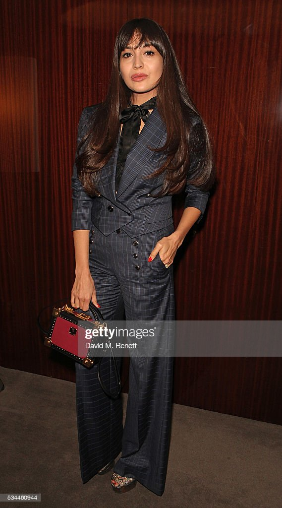 <a gi-track='captionPersonalityLinkClicked' href=/galleries/search?phrase=Zara+Martin&family=editorial&specificpeople=6550505 ng-click='$event.stopPropagation()'>Zara Martin</a> attends a private screening with Alice Temperley of Disney's Alice Through The Looking Glass at the Bulgari Hotel on May 26, 2016 in London, England.