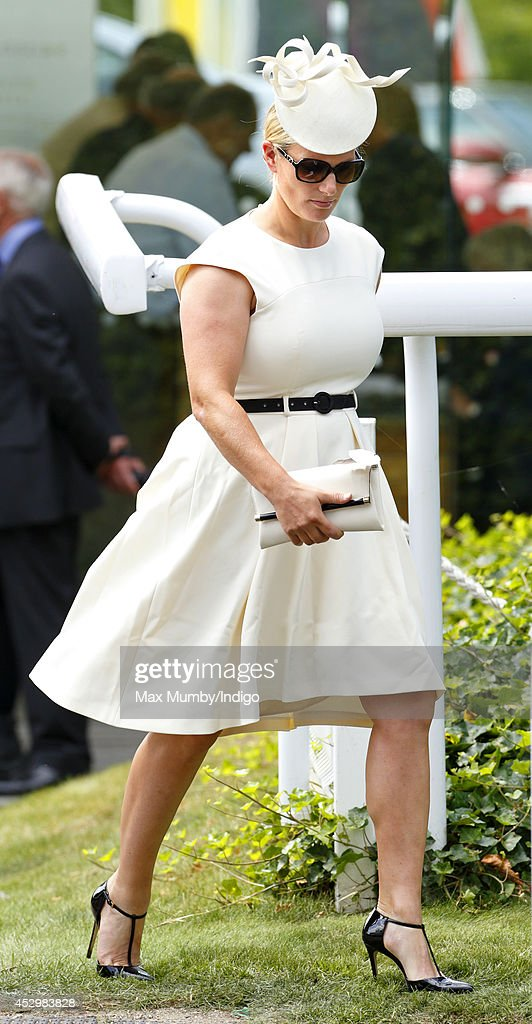 <a gi-track='captionPersonalityLinkClicked' href=/galleries/search?phrase=Zara+Phillips&family=editorial&specificpeople=161323 ng-click='$event.stopPropagation()'>Zara Phillips</a> attends Ladies Day of Glorious Goodwood at Goodwood Racecourse on July 31, 2014 in Chichester, England.