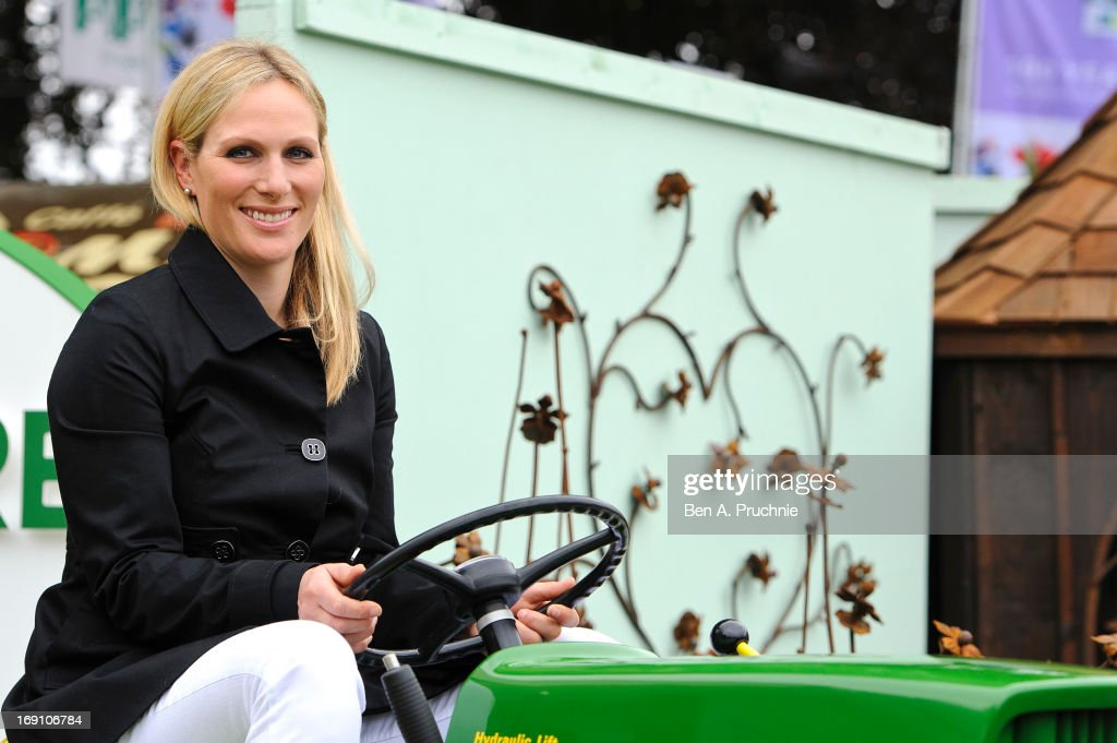 <a gi-track='captionPersonalityLinkClicked' href=/galleries/search?phrase=Zara+Phillips&family=editorial&specificpeople=161323 ng-click='$event.stopPropagation()'>Zara Phillips</a> attends the Chelsea Flower Show press and VIP preview day at Royal Hospital Chelsea on May 20, 2013 in London, England.