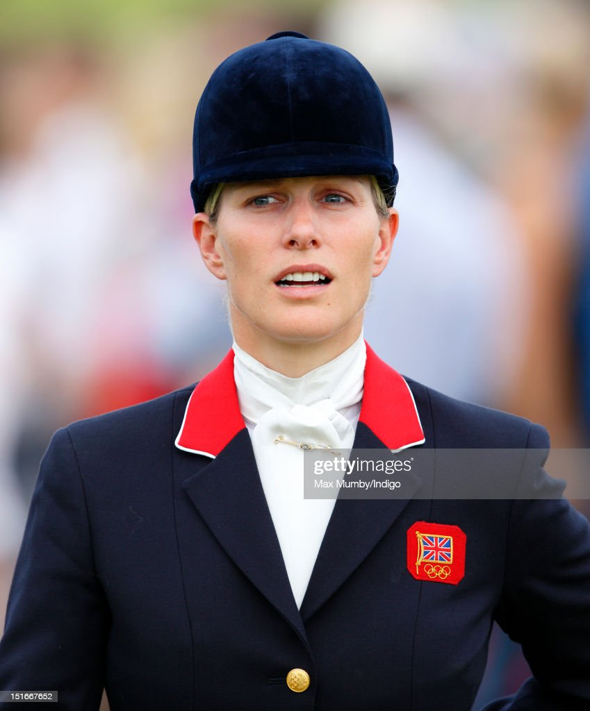 <a gi-track='captionPersonalityLinkClicked' href=/galleries/search?phrase=Zara+Phillips&family=editorial&specificpeople=161323 ng-click='$event.stopPropagation()'>Zara Phillips</a> attends the the Blenheim Palace International Horse Trials at Blenheim Palace on September 9, 2012 in Woodstock, England.