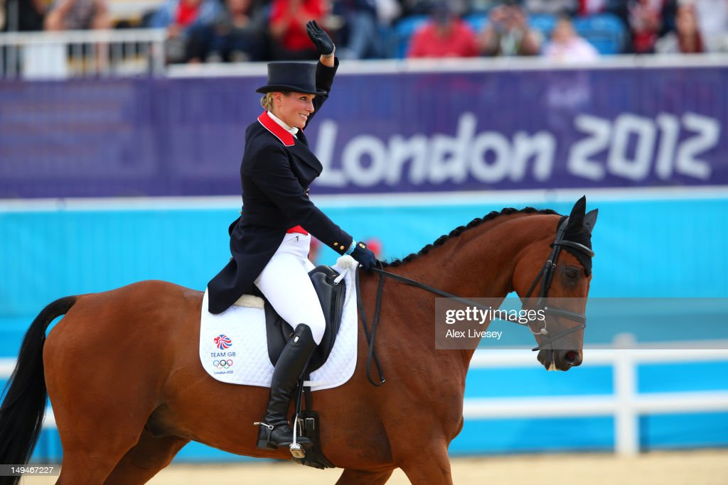 <a gi-track='captionPersonalityLinkClicked' href=/galleries/search?phrase=Zara+Phillips&family=editorial&specificpeople=161323 ng-click='$event.stopPropagation()'>Zara Phillips</a> of Great Britain and her horse High Kingdom compete in Individual Eventing on Day 2 of the London 2012 Olympic Games at Greenwich Park on July 29, 2012 in London, England.