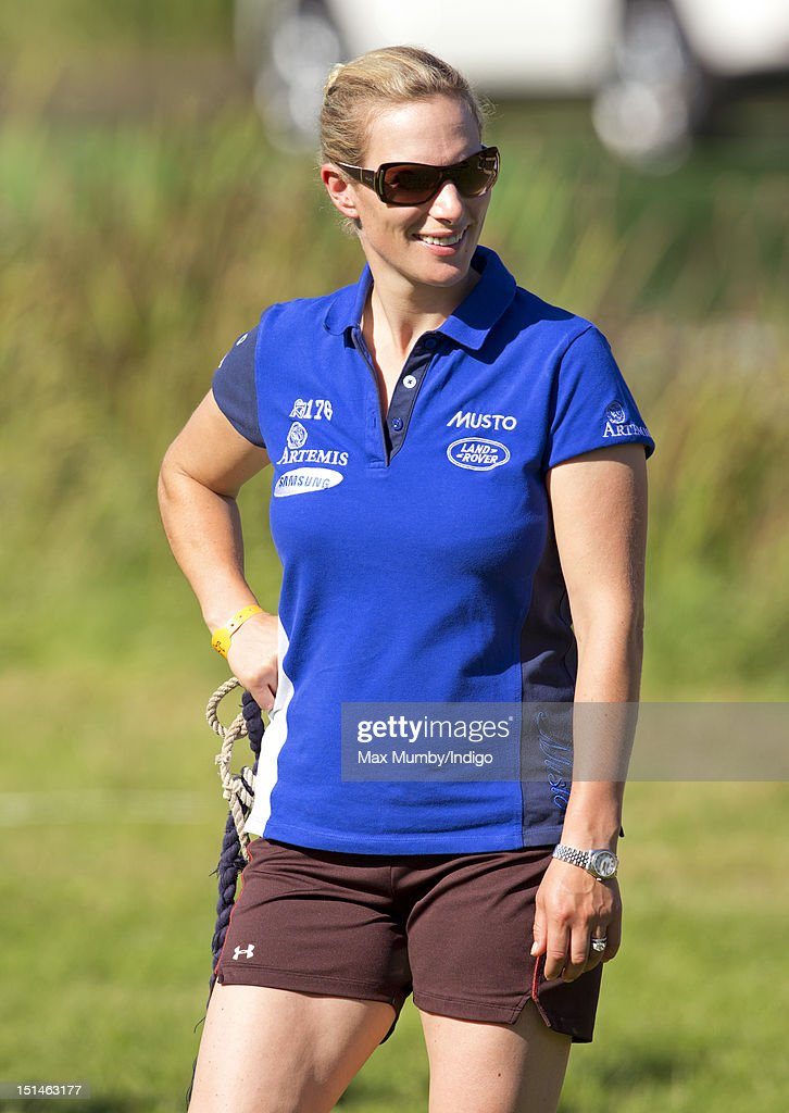 <a gi-track='captionPersonalityLinkClicked' href=/galleries/search?phrase=Zara+Phillips&family=editorial&specificpeople=161323 ng-click='$event.stopPropagation()'>Zara Phillips</a> walks the cross country course of the Blenheim Palace International Horse Trials at Blenheim Palace on September 7, 2012 in Woodstock, England.