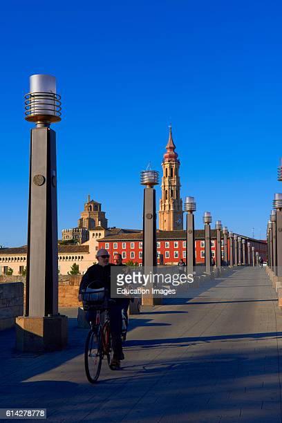 Zaragoza La seo Cathedral Puente de Piedra Saragossa Aragon Spain