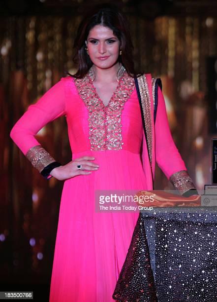 Zarine Khan walks the ramp during a fashion show organised by India International Bullion Summit showcasing exquisite jewellery