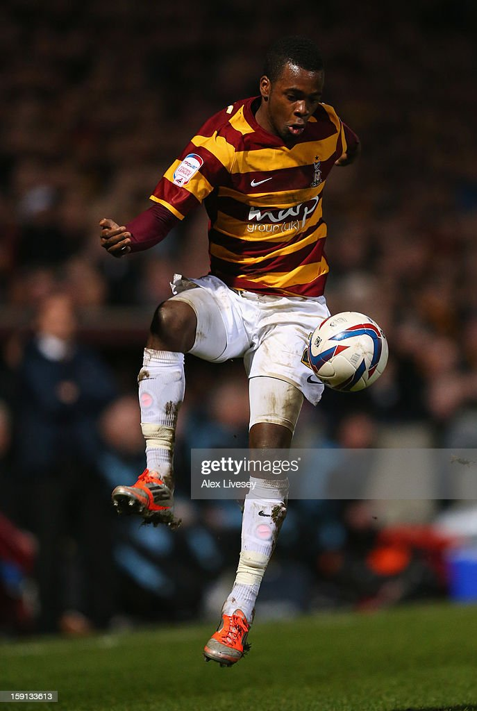 Zavon Hines of Bradford City controls the ball during the Capital One Cup Semi-Final 1st Leg match between Bradford City and Aston Villa at Coral Windows Stadium, Valley Parade on January 8, 2013 in Bradford, England.