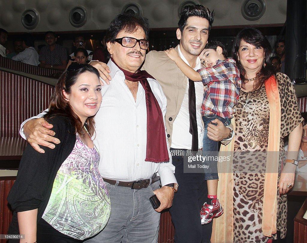 sanjay khan wife photos