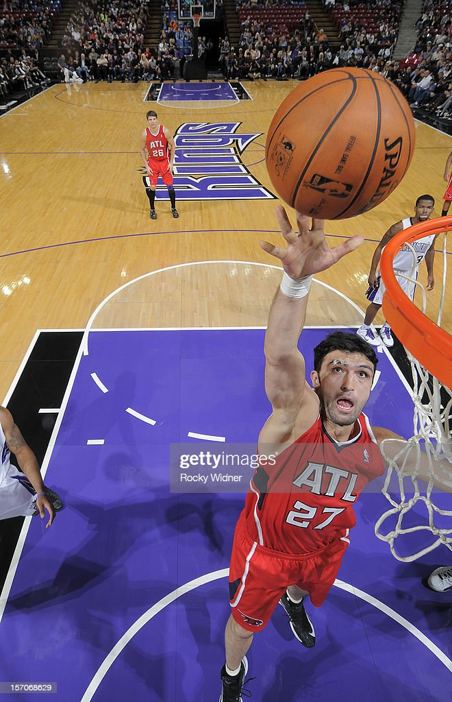 Zaza Pachulia #27 of the Atlanta Hawks goes up for the rebound against the Sacramento Kings on November 16, 2012 at Sleep Train Arena in Sacramento, California.