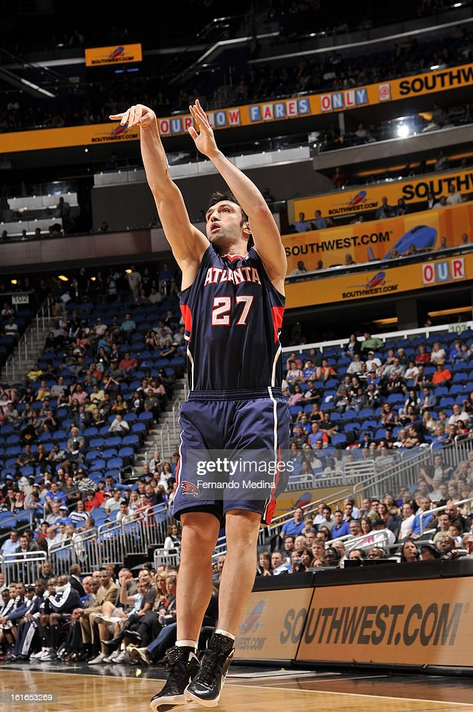 Zaza Pachulia #27 of the Atlanta Hawks shoots a jump shot against the Orlando Magic during the game on February 13, 2013 at Amway Center in Orlando, Florida.