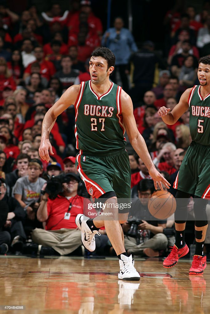 Zaza Pachulia of the Milwaukee Bucks drives against the Chicago Bulls in Game One of the Eastern Conference Quarterfinals during the NBA Playoffs on...