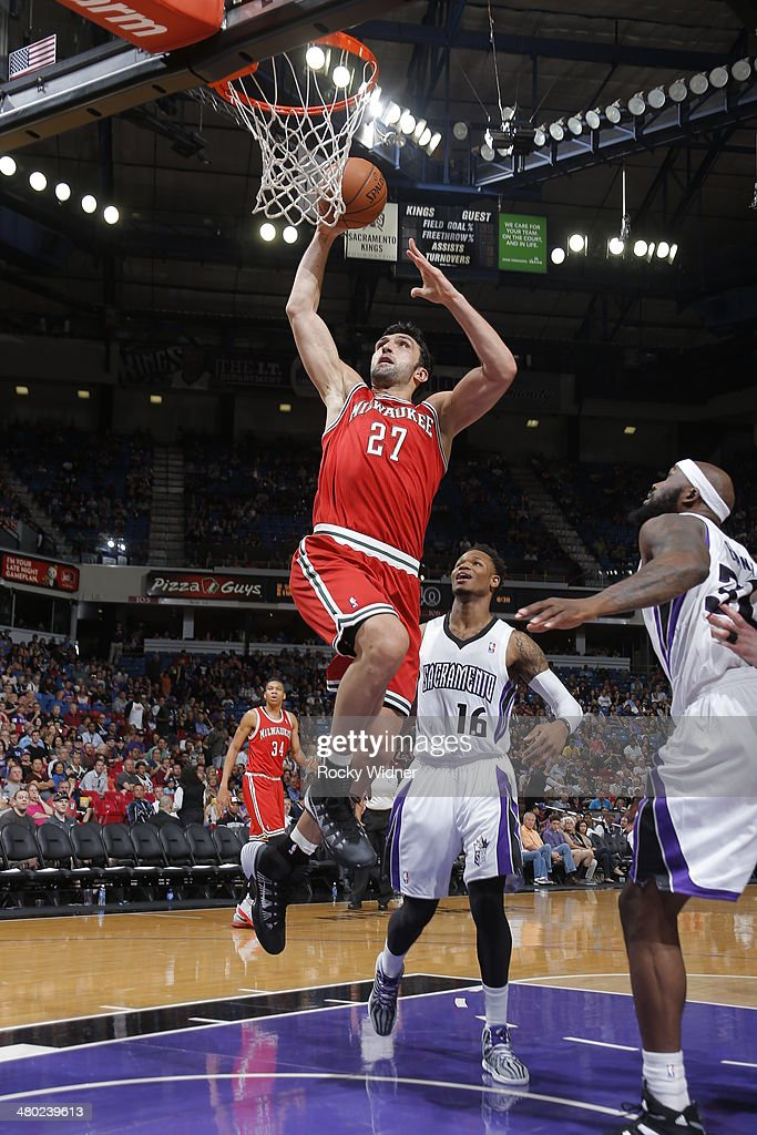 Zaza Pachulia #27 of the Milwaukee Bucks goes up for a shot against the Sacramento Kings at Sleep Train Arena on March 23, 2014 in Sacramento, California.