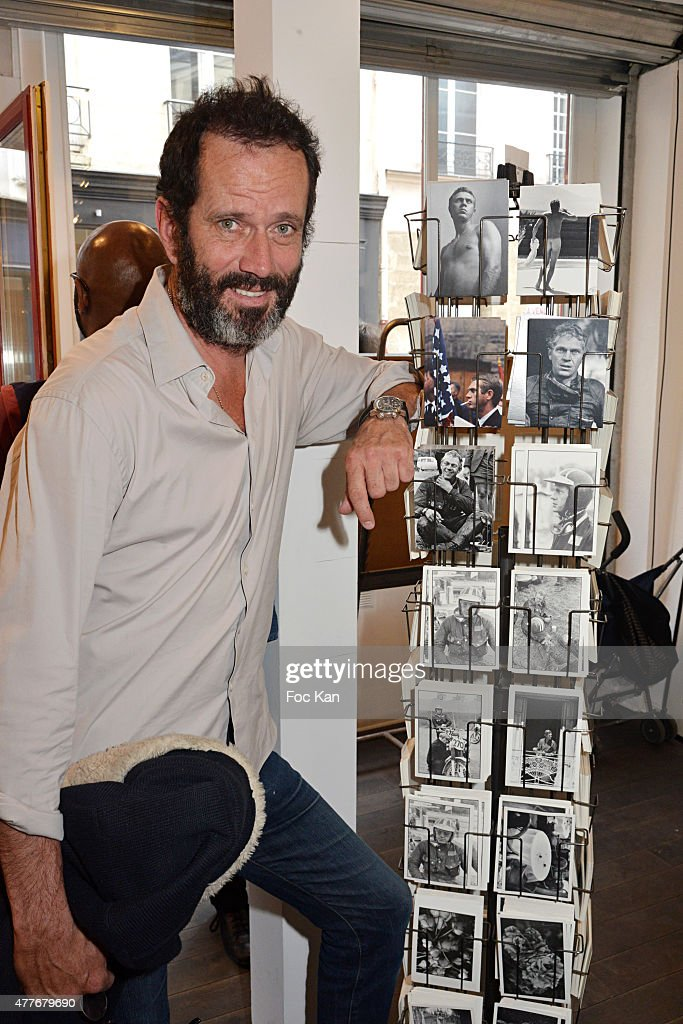 Barry feinstein photo exhibition party at galerie de l - Julia livage lou vadim ...