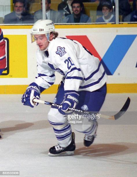 Zdenek Nedved of the Toronto Maple Leafs skates up ice against the Montreal Canadiens during NHL Preseason game action on September 22 1995 at Maple...