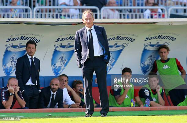 Zdenek Zeman coach of Cagliari look on during the Serie A match between Cagliari Calcio and Atalanta BC at Stadio Sant'Elia on September 14 2014 in...